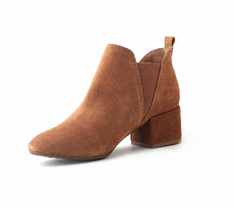 Ankle booties gamuza
